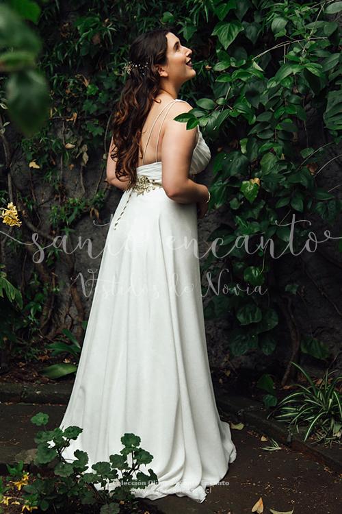 Vestido de novia griego con dorado